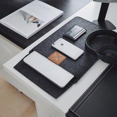 MacBook sleeve from ultralinxstore.com. Link in bio. @ultralinx @ultralinxfeed