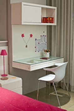 Even with a small bedroom, you can custom build your own combination of makeup vanity table and study table. Here are some great ideas for your inspiration! Study Table Designs, Study Room Design, Small Study Table, Study Tables, Small Study Rooms, Home Study Rooms, Bedroom Storage, Bedroom Decor, Bedroom Table
