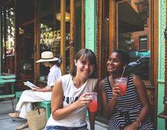 Pour mieux découvrir New York, je vous recommande de programmer une visite guidée de New York en français en petits groupes. Convivial, pas cher !