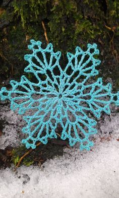 Bobsleigh Snowflake crochet pattern by snowflakepatterns. There are over 70 more.