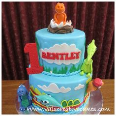 Dinosaur train themed cake