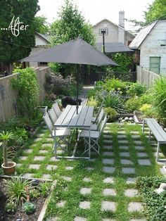 25 Outdoor Before-and-Afters. 25 Inspiring Outdoor Spaces Before & After - awesome DIY gardens and patios Outdoor Rooms, Outdoor Gardens, Outdoor Living, Outdoor Life, Dream Garden, Home And Garden, Lush Garden, Backyard Studio, Small Backyard Landscaping