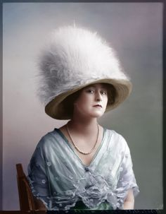 "a-fall-leaf-something: "" Hats from Edwardian era; all photographs dated [source] "" Victorian Life, Victorian Hats, Edwardian Era, Edwardian Fashion, Victorian Women, Jeanne Lanvin, Retro Fashion, Vintage Fashion, Vintage Photographs"