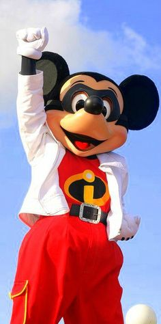 "Mickey ""INCREDIBLE"" Mouse"