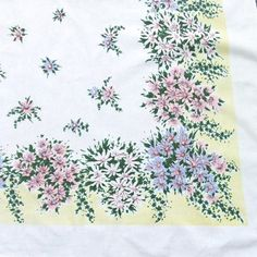 Vintage Tablecloth Flowers by Simtex by LinensandThings on Etsy, $32.00