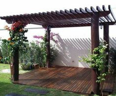 Would you like to have a beautiful pergola built in your backyard? You may have a lot of extra space available for something like this, but you'll need to focus on checking out different pergola plans before you have anything installed. Diy Pergola, Pergola Canopy, Outdoor Pergola, Wooden Pergola, Pergola Shade, Pergola Lighting, Small Pergola, Small Patio, Wisteria Pergola