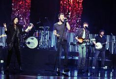 "Lady Antebellum performs ""Compass"""