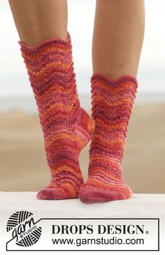 Wonderful wave pattern socks and colours that makes you smile! #knitting #garnstudio #ss2014