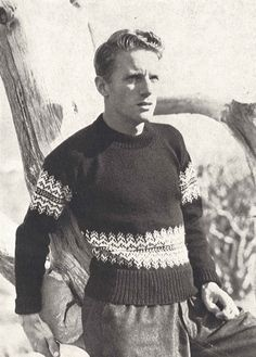 Nordique Sweater is a vintage mens ski sweater knitting pattern, from Vogue Knitting Spring/Summer ★ Sizes: Vintage Winter Fashion, Norwegian Knitting, Vintage Vogue Patterns, Icelandic Sweaters, Ski Sweater, Vogue Knitting, Retro Men, Mens Jumpers, Sweater Knitting Patterns
