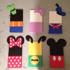Mickey Mouse Clubhouse Treat Bags... A lunchbag, some scissors, & construction paper.  Cute!