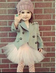 jacket and tutu. I would let my little girl wear tutu wherever she wanted. Fashion Kids, Little Girl Fashion, Toddler Fashion, Look Fashion, Outfits Niños, Fashion Outfits, Fashion Tights, Mode Swag, Little Fashionista