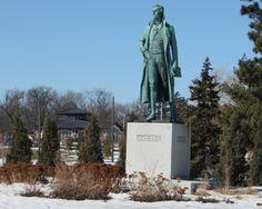 Having presided over the gateway to Como Park for 105 years…  Bronze Sculpture of Friedrich von Schiller to be restored (Public Art Saint Paul)