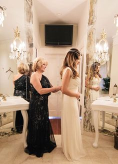 Must have wedding photo- mom helping you into your dress | Clane Gessel Photography #weddings #photography #bridal #gettingreadyphotos