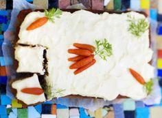Baking/Leivonta: Carrot cake with a twist of apple/omenainen porkkanakakku