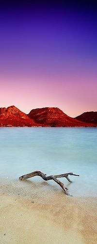 Coles Bay, Tasmania, Australia - Travel / Viajes https://plus.google.com/+JenniferManteca/posts