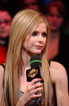 Avril Lavigne-new photo.:).