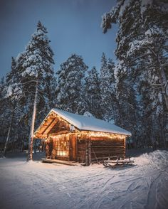If you were thinking you'd use this winter as an excuse to hibernate, we've got another thing in mind for you! The name of the game is glamping, and for this birthday bucket list, it's off to Finland for a stay overlooking Lake. Winter Cabin, Cozy Cabin, Winter Night, Winter Snow, Cabin In The Woods, Winter Scenery, Log Cabin Homes, Log Cabins, Little Cabin