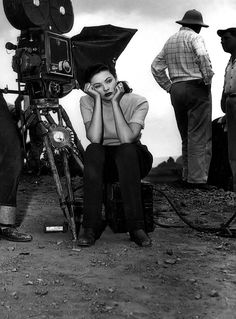 Gene Tierney on the set of Leave Her to Heaven.