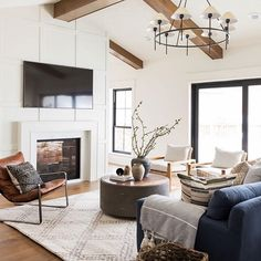 Studio McGee (@studiomcgee) • Instagram photos and videos Piano Room, Holiday Apartments, Studio Mcgee, Interior Decorating, Interior Design, Cozy House, Living Room Decor, Family Room, Sweet Home