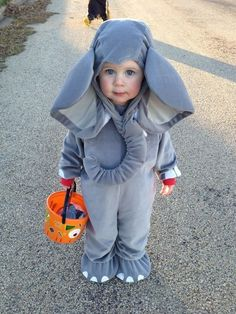 The world's smallest elephant. | 26 Halloween Costumes For Toddlers That Are Just Too Cute To Believe