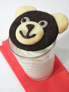 Teddy Bear Cookies (butter, 10x sugar, egg yolk, vanilla extract, flour, cocoa, milk, chocolate chips)