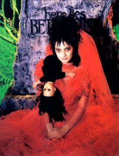 Winona Ryder in Beetlejuice (Tim Burton, Winona Ryder Beetlejuice, Beetlejuice Movie, Lydia Beetlejuice Costume, Beetlejuice Halloween, Film Tim Burton, Gogo Tomago, Hollywood, Portraits, Halloween Kostüm