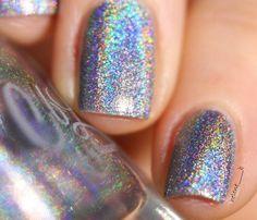 @colorsbyllarowe Edith. #notd #npa #nail #nails #ongles #nailstagram #polish #nailpolish #nailcolor #naillacquer #vernis #holo #colorsbyllarowe #cbl #cbledith by helene_____b