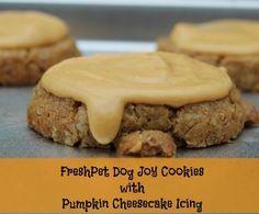 DIY Gourmet Dog Cookies with Pumpkin Cheesecake Icing – Only 3 ingredients! #sponsored #freshpetfridgechallenge | best stuff