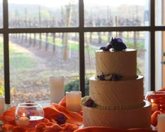 Beautiful and simple cake from Costeaux Bakery for Alicia and Tony's Springtime wedding at Soda Rock