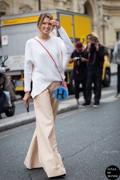 Helena Bordon Street Style Street Fashion Streetsnaps by STYLEDUMONDE Street Style Fashion Photography