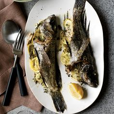 Roast Dorade: Kristin Donnelly has recently become a convert to cooking whole fish, which is insanely easy, delicious and cheaper than fillets. More Healthy . Thyme Recipes, Wine Recipes, Cooking Recipes, Healthy Recipes, Healthy Meals, Cooking Tips, Whole Fish Recipes, Roasted Potatoes, Roasted Chicken