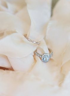 chic engagement ring idea; photo: Michelle Boyd