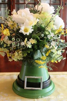 St Paddy's Day Arrangement...cute!