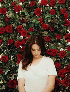Lana Del Rey Ultraviolence (eyes closed)