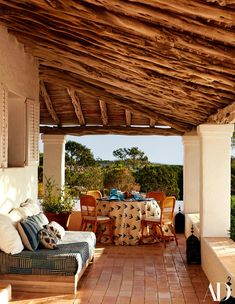 L'Oasis de Daniel Romualdez à Ibiza - Architectural Digest Outdoor Rooms, Outdoor Dining, Outdoor Decor, Dining Table, Dining Room, Porches, New York Townhouse, Porch And Terrace, Architectural Digest