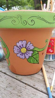 Bellísimas flower pots clay flower pots, clay pot crafts и p Flower Pot Art, Flower Pot Design, Mosaic Flower Pots, Clay Flower Pots, Flower Pot Crafts, Clay Pot Crafts, Painted Clay Pots, Hand Painted Pottery, Painted Flower Pots