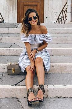 Backless Stripe Off The Shoulder Mini Dreses Frilly Dresses, Mini Dresses, Ruffle Dress, Pretty Dresses, Burgundy Casual Dress, Backless Mini Dress, Blue Summer Dresses, Retro Dress, Street Style Looks
