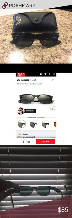 Ray-ban Sunglasses ☀️ Women's Ray-ban sunglasses • New Wayfarer Classic, tortoise frame, non-polarized green classic lenses • very minimal scratches, comes with case 💫 Ray-Ban Accessories Sunglasses