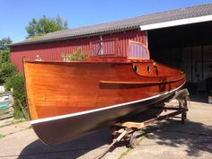 Riva Boat, Classic Wooden Boats, Deck Boat, Cool Boats, Sailing, Castle, Vacation, Design, Bowrider