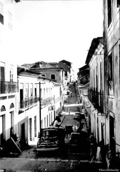 Rua da Estrela, centro histórico de São Luis - MA, vista pelas lentes de Tibor Jablonsky nos anos 1960. Fonte: Arquivo digital do IBGE.