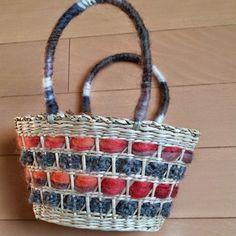 セリアのかごバッグを簡単デコでほっこりトートに♪|[暮らしニスタ] 暮らしのアイデアがいっぱい♪