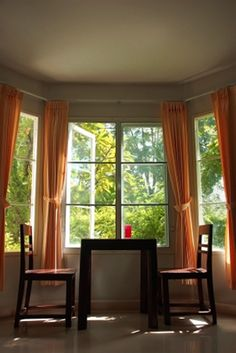 Help pics of bay windows asap please house pinterest for Window treatments for bay windows in dining room