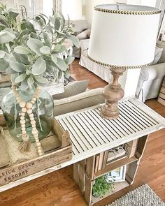 Entryway Table Decoration Ideas New Easy Diy Console Table Furniture Build A Table, Make A Table, Diy Table, Home Staging, Shutter Table, Entryway Console Table, Console Tables, Sideboard, Diy Home Decor
