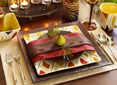 Fall table setting (wish I could find that square plate) Fall Table Settings, Thanksgiving Table Settings, Place Settings, Fall Dishes, Dinner Dishes, Dinner Table, Thanksgiving Plates, Thanksgiving Recipes, Holiday Dinnerware