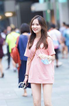 微博 Jeans Style, Fasion, Asian Woman, One Piece, Culture, Shirt Dress, Sexy, Model, Shirts