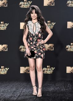 MTV-MOVIE-AWARDS-2017 Mtv Movie Awards 2017, Tv Awards, Hailee Steinfeld, Shay Mitchell, Emma Watson, Celebrity Outfits, Celebrity Style, Havana, Camilla