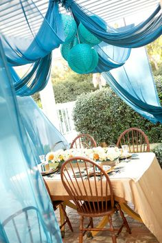 Tablescape ● Draping