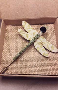 Mira este artículo en mi tienda de Etsy: https://www.etsy.com/es/listing/260051120/handmade-dragonfly-brooch-christmas