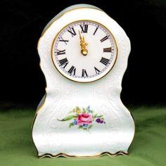 Hodiny 22 cm, Thun 1794, karlovarský porcelán, BERNADOTTE růže + zlato