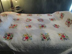 VINTAGE RARE HARD TO FIND HUNGARIAN HAND EMBROIDERED & HAND QUILTED 98X80 QUILT | eBay Embroidered Quilts, Applique Quilts, Quilt Wall Hangers, Antique Beds, Back Pieces, Quilted Wall Hangings, Abandoned Houses, Kantha Quilt, Vintage Quilts